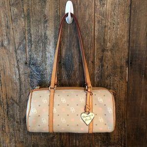 Dooney & Bourke, Beige & Pink Heart Shoulder Bag